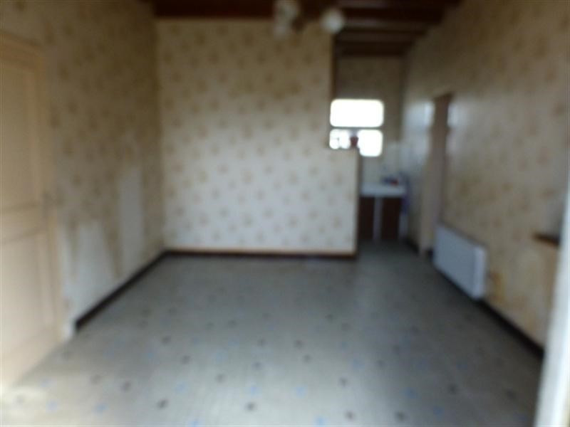 Sale house / villa Saint-jean-d'angély 53 750€ - Picture 2