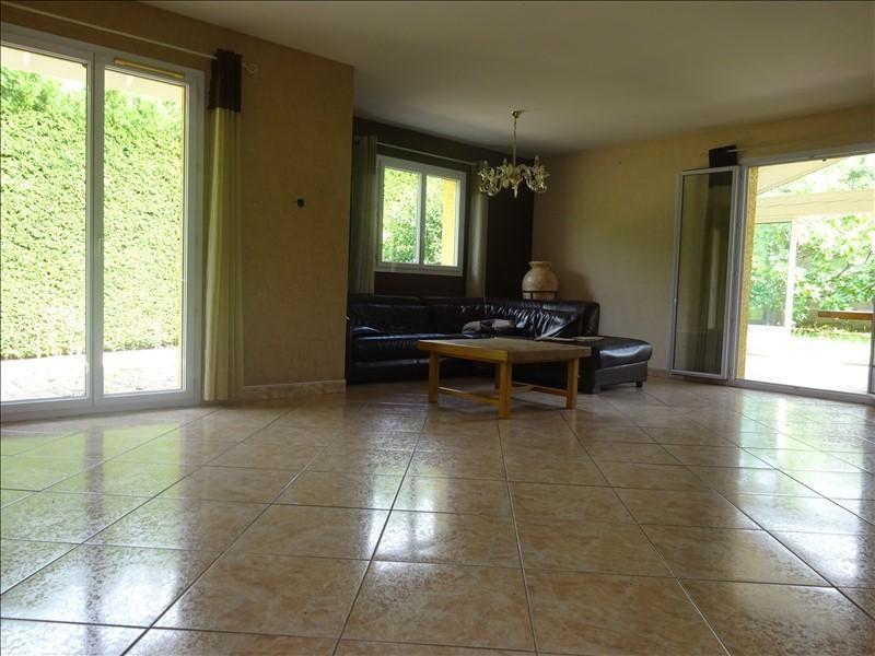 Sale house / villa St genis laval 379000€ - Picture 5