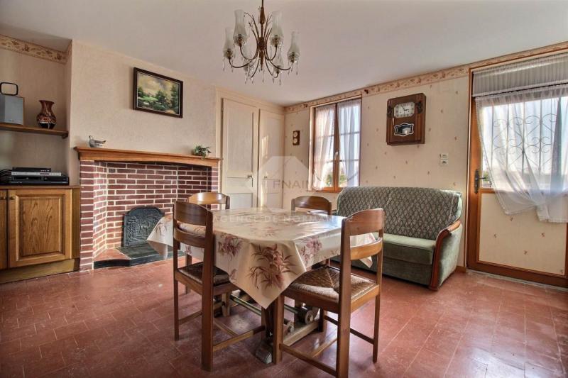 Sale house / villa La ferte-frenel 75000€ - Picture 2