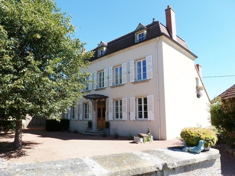 Deluxe sale house / villa Iguerande 485000€ - Picture 1