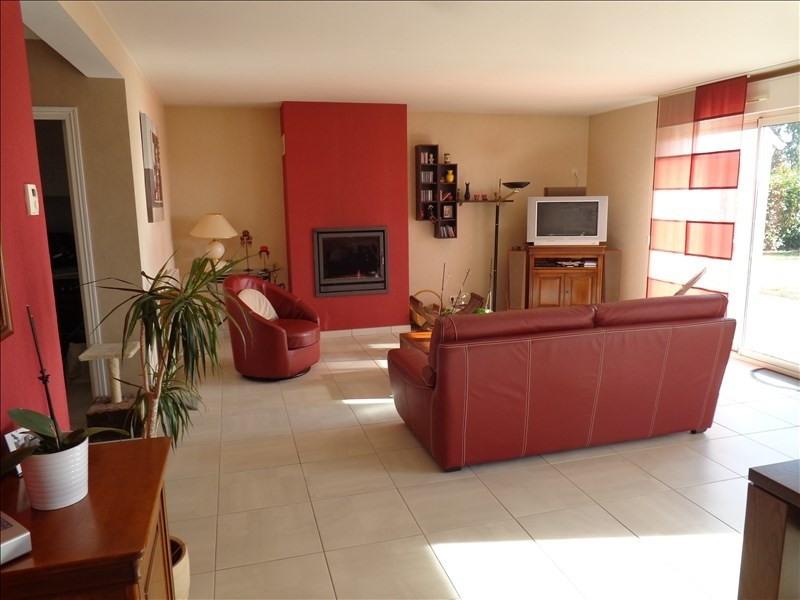 Sale house / villa La chaussee st victor 368000€ - Picture 3