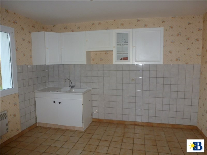 Location maison / villa Vaux sur vienne 570€ CC - Photo 3