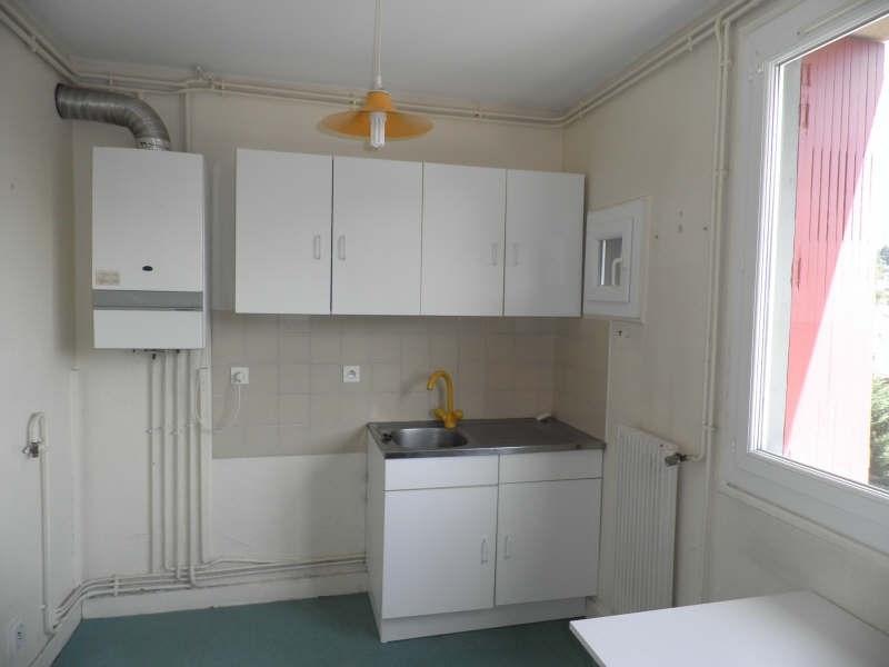 Location appartement Le puy en velay 363,75€ CC - Photo 1