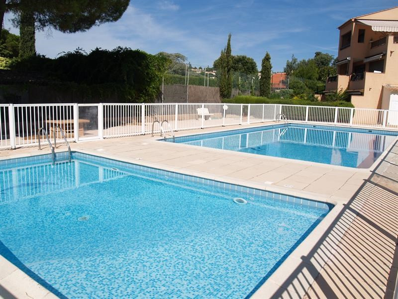 Vacation rental apartment Les issambres 1 120€ - Picture 14