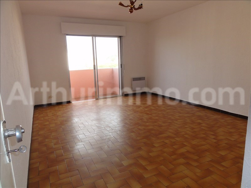 Rental apartment Frejus 739€ CC - Picture 1