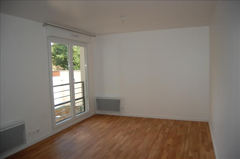 Rental apartment Chatillon 690€ CC - Picture 1
