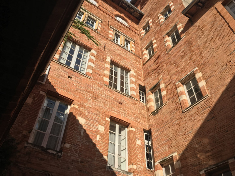 Rental apartment Toulouse 375€ CC - Picture 1