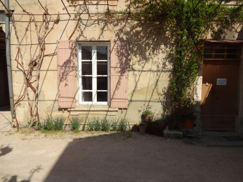 Rental apartment Entraigues sur la sorgue 410€ CC - Picture 8