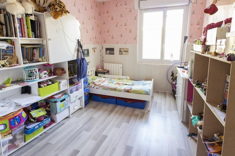 Sale apartment Trappes 190550€ - Picture 4