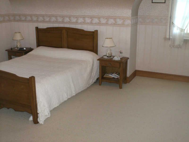 Sale house / villa Beuzec cap sizun 322400€ - Picture 9