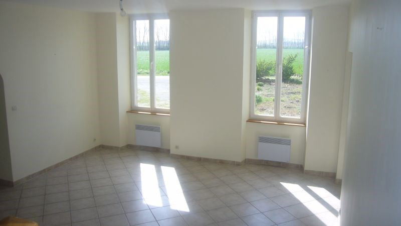 Location maison / villa Villasavary 630€ CC - Photo 7