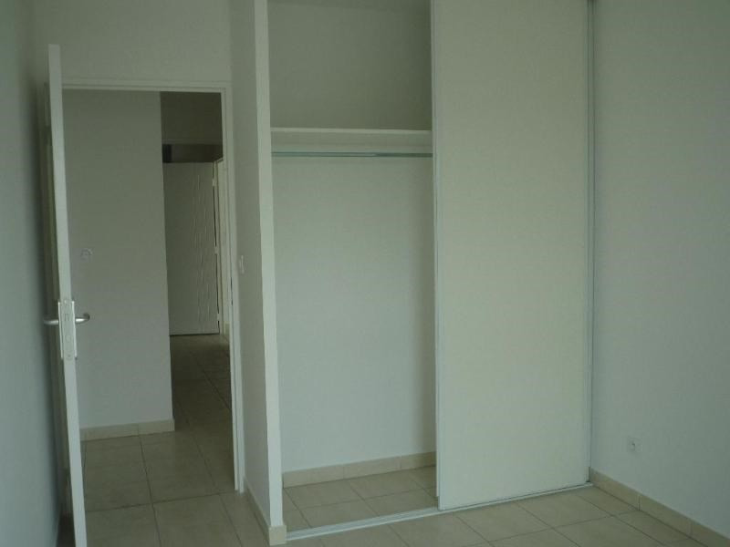 Rental apartment Saint fons 799€ CC - Picture 6