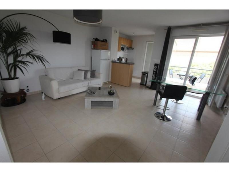 Location appartement Saint-laurent-du-var 925€ CC - Photo 6