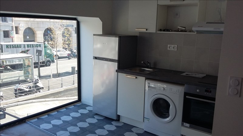 Location appartement Marseille 1er 850€ CC - Photo 1