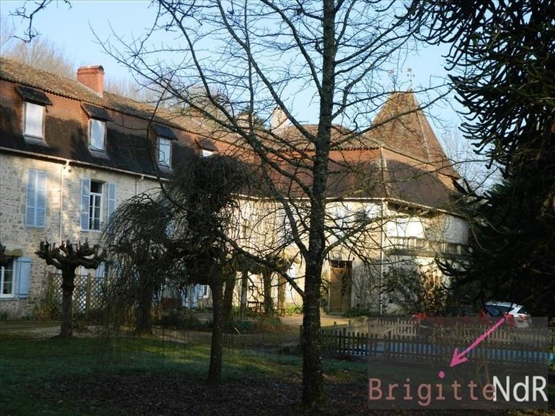 Vente de prestige château Firbeix 577500€ - Photo 1