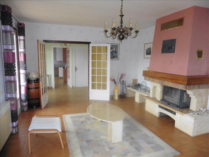 Sale house / villa St clair du rhone 249000€ - Picture 3