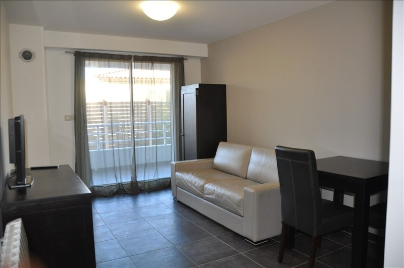 Location appartement Marseille 8ème 720€ CC - Photo 1