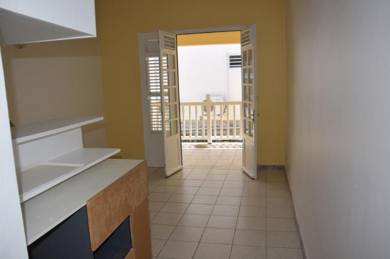 Sale apartment Le marin 69500€ - Picture 2