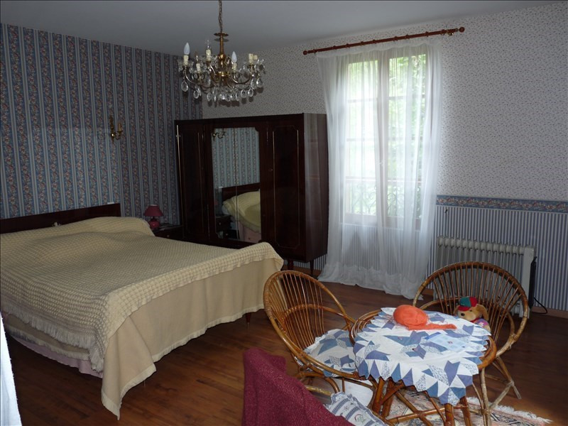Sale house / villa Montesquieu 218 000€ - Picture 4