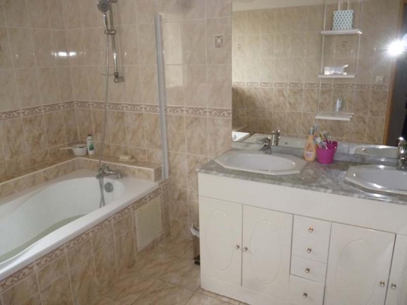 Sale house / villa Royan 348000€ - Picture 4