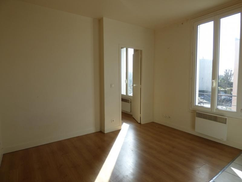 Location appartement Le bourget 760€ CC - Photo 2