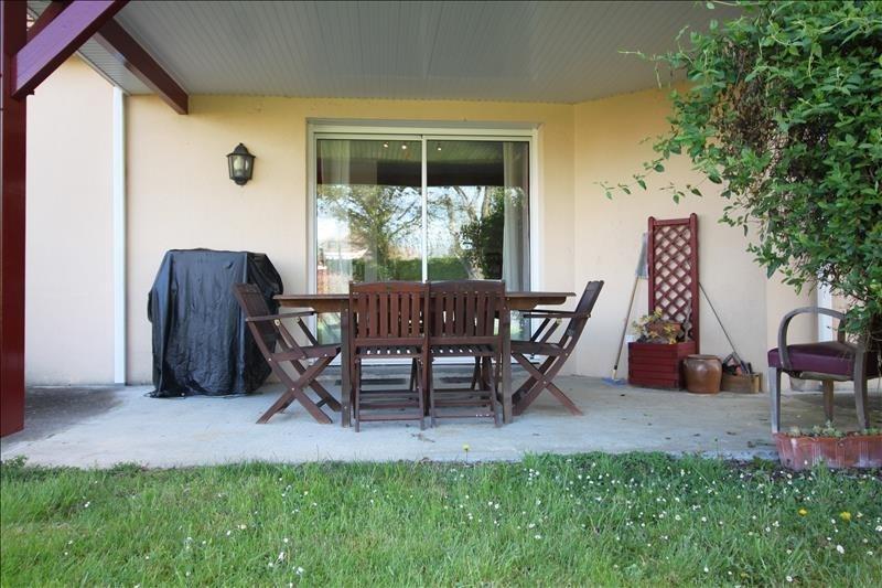 Sale house / villa Lescar 239900€ - Picture 3