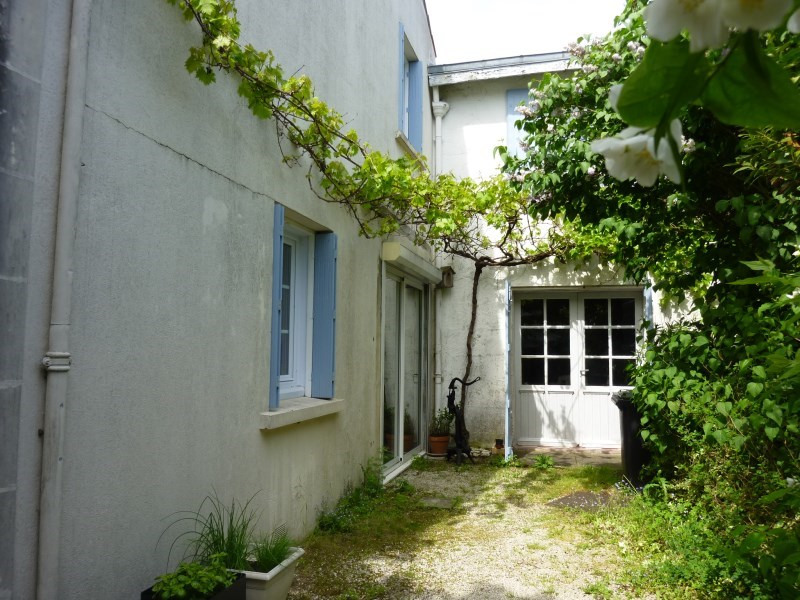 Sale house / villa St georges des coteaux 263 500€ - Picture 5