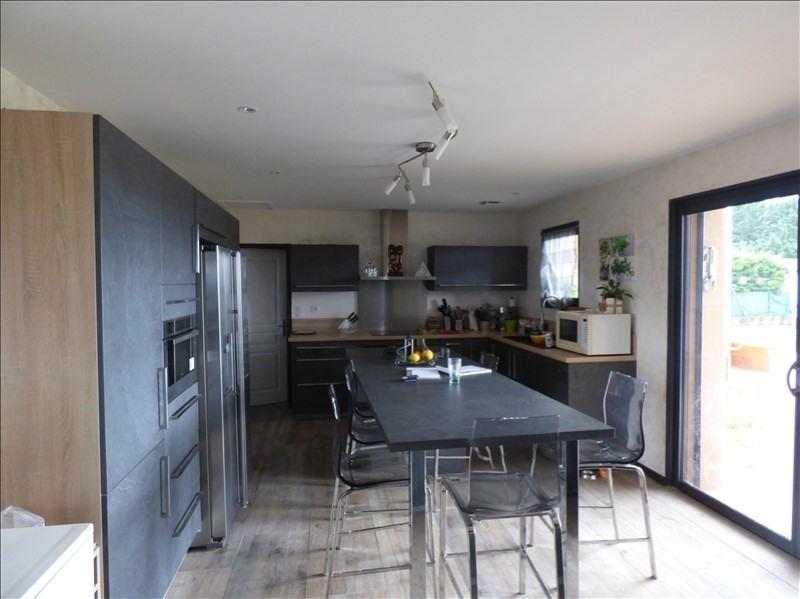 Deluxe sale house / villa Malissard 750000€ - Picture 2