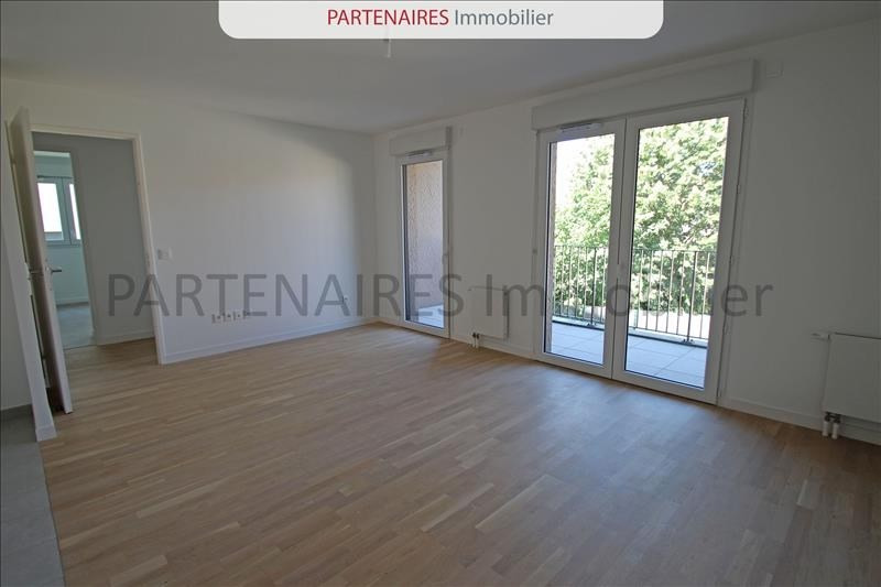 Rental apartment Rocquencourt 1 208€ CC - Picture 3