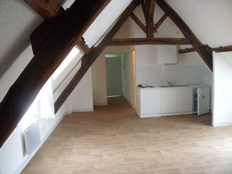 Location appartement Poitiers 353€ CC - Photo 2