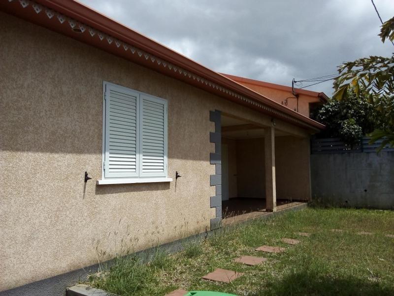 Rental house / villa La riviere 779€ CC - Picture 2