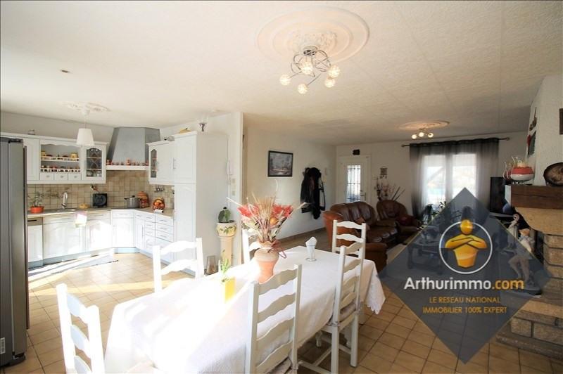 Sale house / villa Chavanoz 354900€ - Picture 5