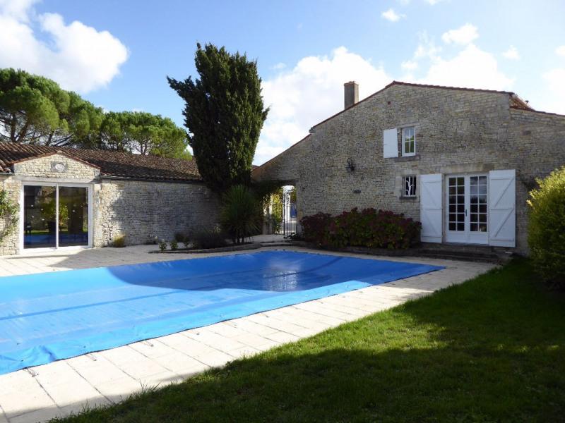 Deluxe sale house / villa Benon 595000€ - Picture 4