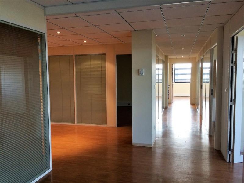 vente bureau lab ge 31670 lab ge de 146 m ref 70909v. Black Bedroom Furniture Sets. Home Design Ideas