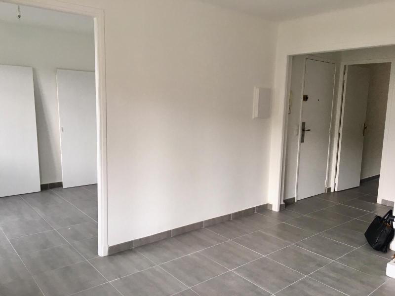 Location appartement Aix en provence 1145€ CC - Photo 2
