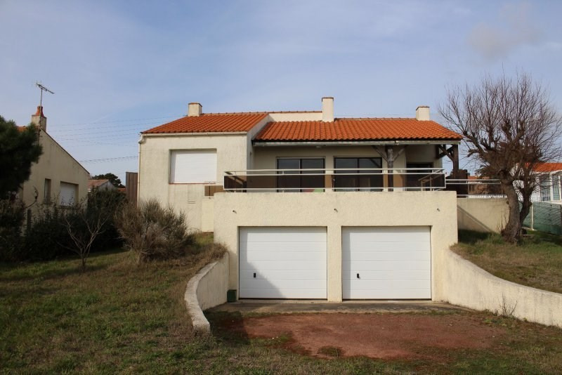 Deluxe sale house / villa Chateau d olonne 738000€ - Picture 2