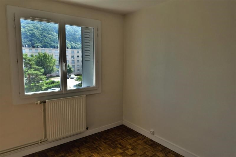 Location appartement St martin d'heres 591€ CC - Photo 7