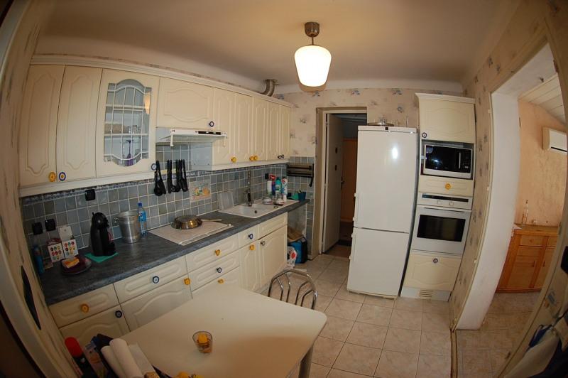 Sale house / villa Six fours 337000€ - Picture 5