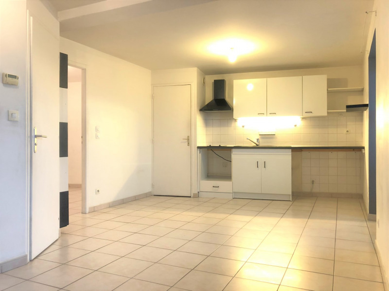 Rental apartment Pierrelaye 614€ CC - Picture 2