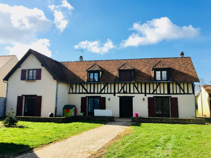 Sale house / villa Abbeville saint lucien 257000€ - Picture 1