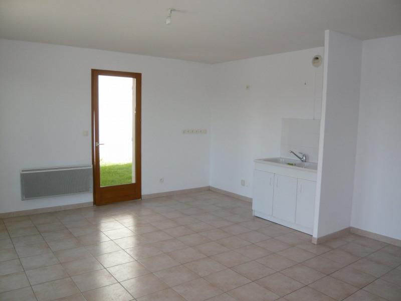 Sale apartment Morestel 149900€ - Picture 2