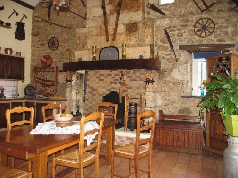 Sale house / villa Secteur thiviers 232900€ - Picture 3