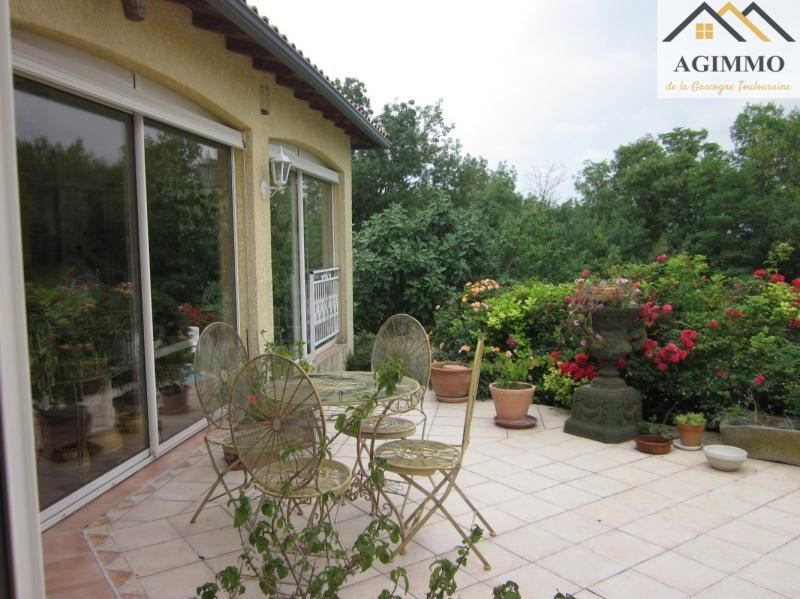 Sale house / villa L isle jourdain 410 000€ - Picture 7