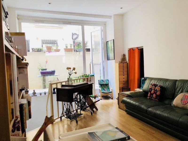 Sale apartment Paris 18ème 488000€ - Picture 2