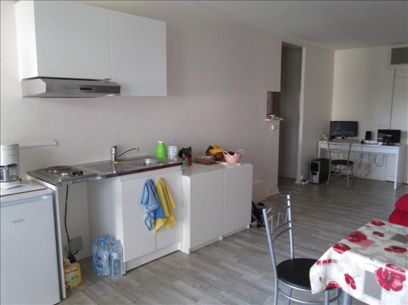 Rental apartment Jouy en josas 670€ CC - Picture 2