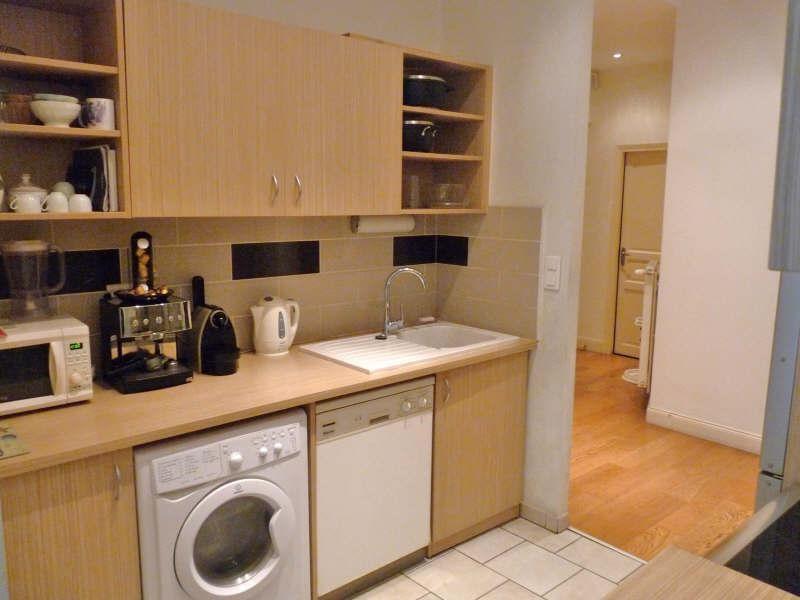 Location appartement Lyon 2ème 1443€ CC - Photo 8