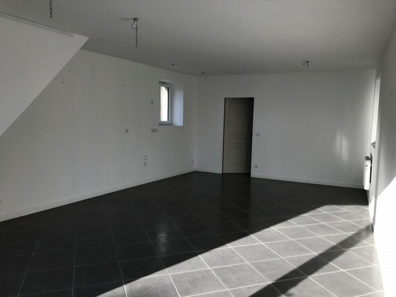 Location appartement Montmartin sur mer 380€ CC - Photo 1