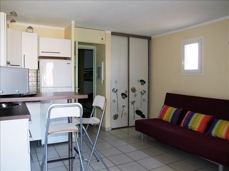 Sale apartment La londe les maures 141750€ - Picture 1