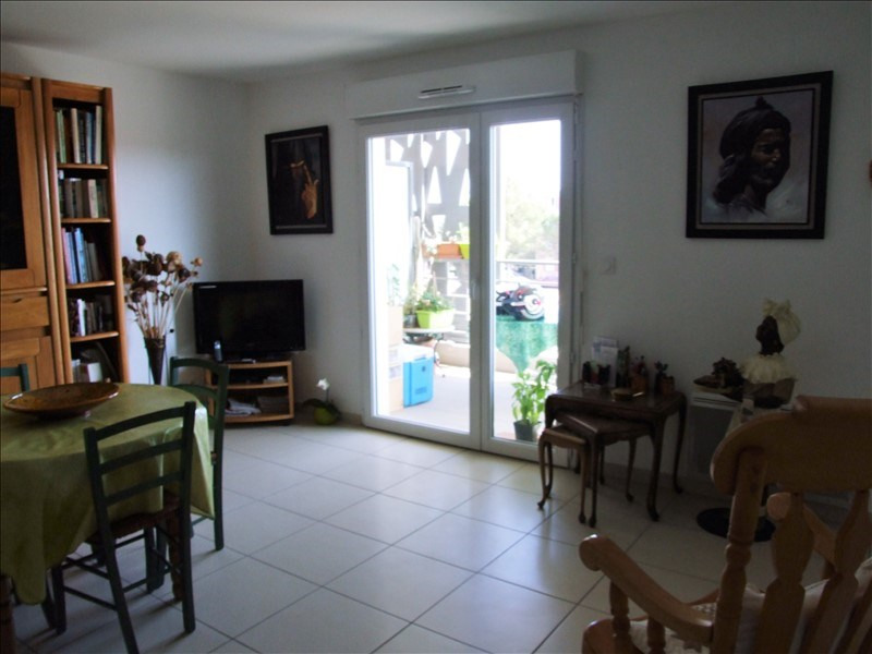 Sale apartment La londe les maures 209 000€ - Picture 1