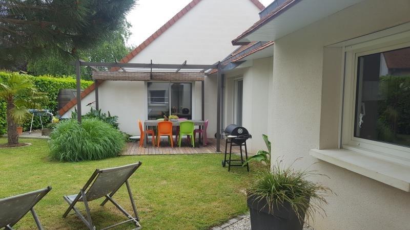 Sale house / villa Cormelles le royal 414750€ - Picture 1